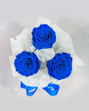 3 ruže u beloj kutiji